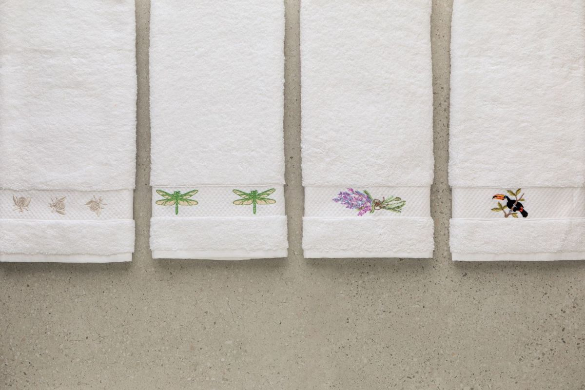 Embroidered Towel Gift Set